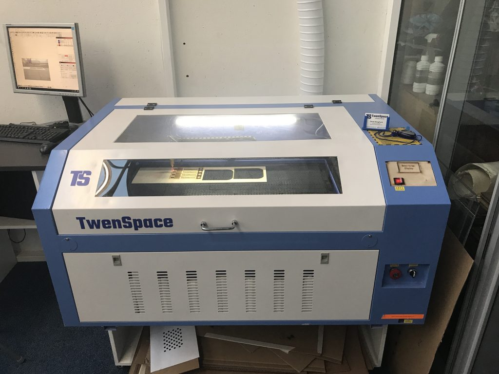 Laser cutter TS6090
