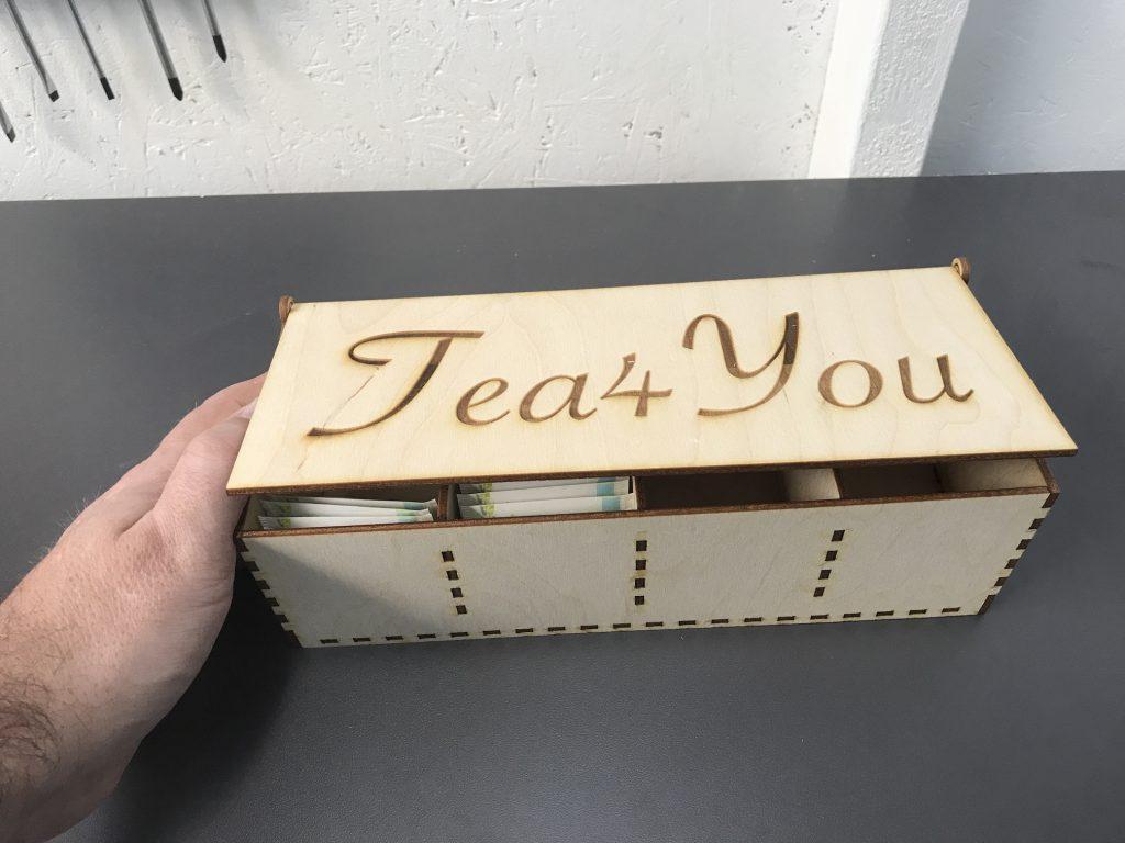 thee doos gemaakt met lasercutter